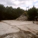L'ancienne construction a été démolie et sa dalle nettoyée pour assembler une zeHouse.